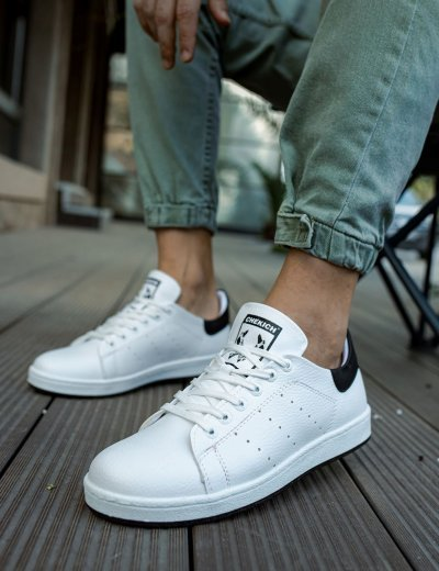 Ανδρικά λευκά Sneakers λαστιχένια σόλα και μαύρη διχρωμία CH977