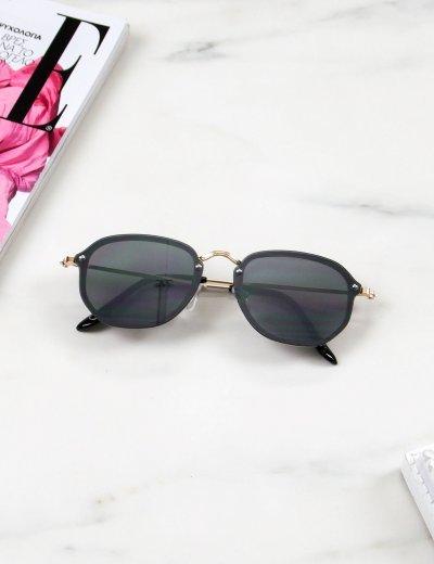 Γυναικεία μαύρα γυαλιά ηλίου με χρυσό μεταλικό σκελετό Luxury S7127