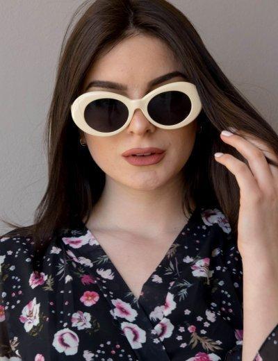 Γυναικεία μπεζ οβάλ γυαλιά ηλίου μονόχρωμα Luxury S5700