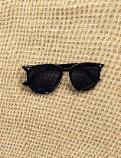 Γυναικεία μπλε γυαλιά ηλίου με μαύρο κοκκάλινο σκελετό Luxury S5082L