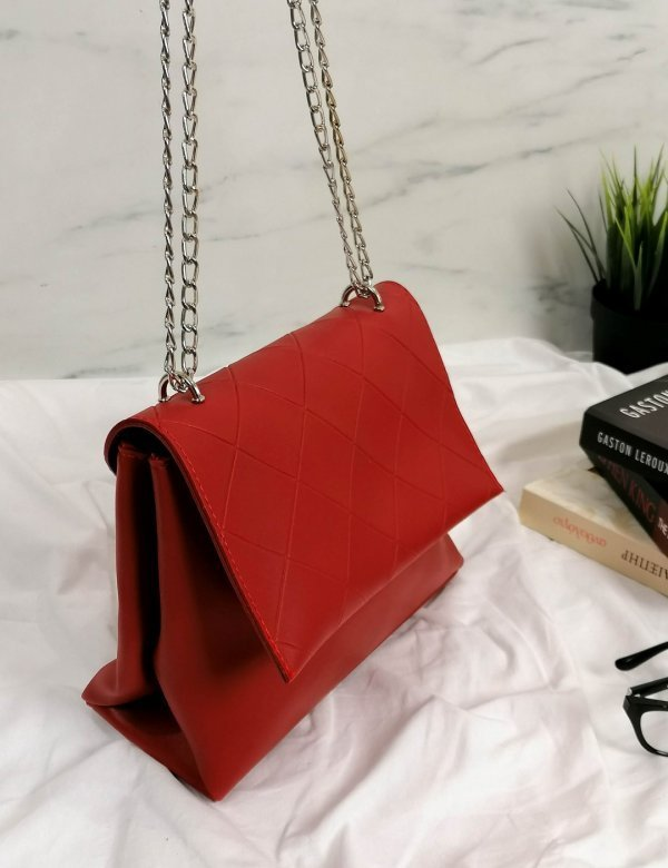 Γυναικείο κόκκινο καπιτονέ τσαντάκι χιαστί 210353F
