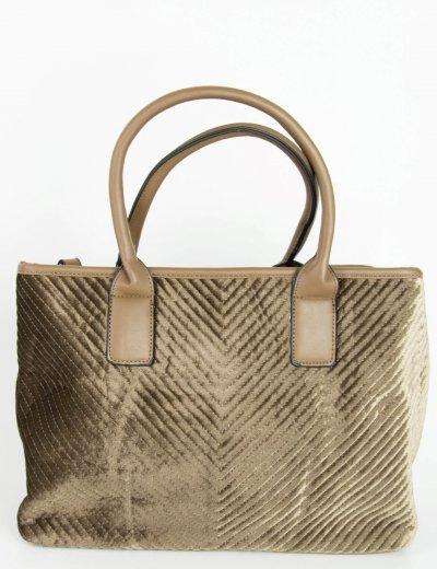 Γυναικεία καφέ τσάντα ώμου βελούδινη καπιτονέ 6016