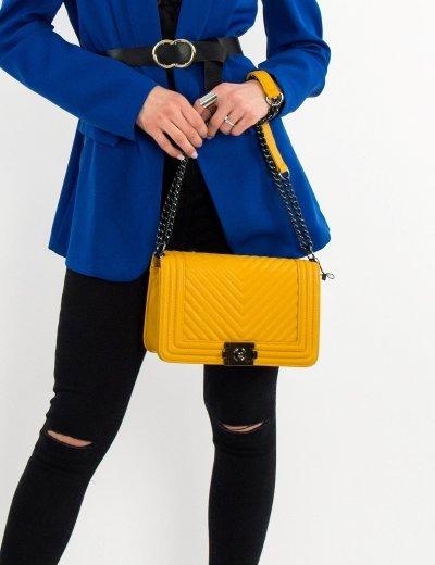 Γυναικεία ώχρα καπιτονέ τσάντα ώμου με αλυσίδα ανθρακί GB1901L