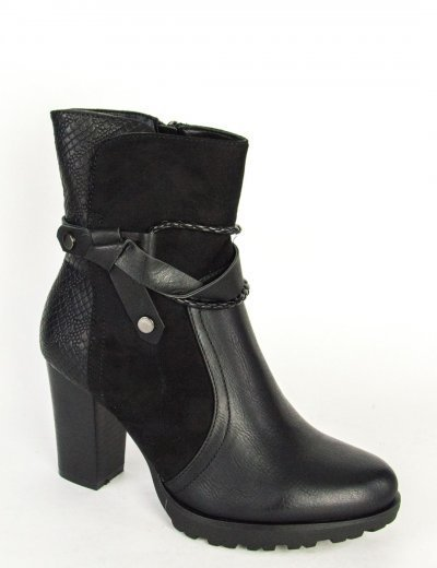 Γυναικεία μαύρα μποτάκια φιάπα χοντρό τακούνι F3183