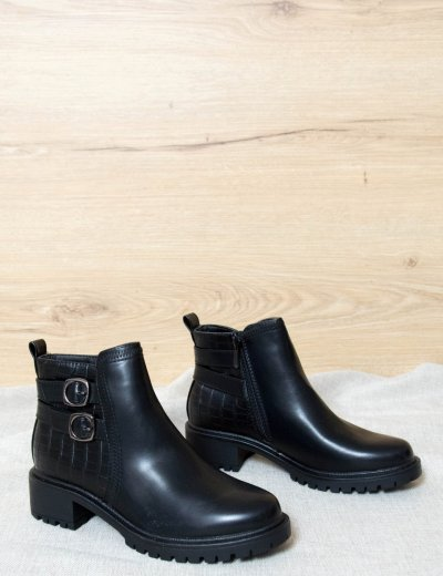 Γυναικεία μαύρα μποτάκια SA6113