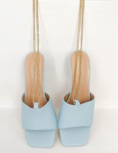 Γυναικεία baby blue πέδιλα mules με αλυσίδα GG27