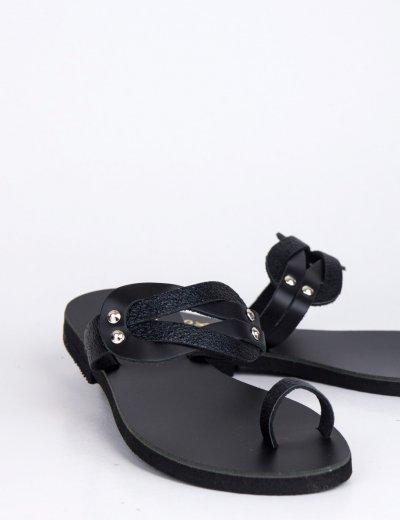 Γυναικεία μαύρα flat πέδιλα με λουράκια 189800W