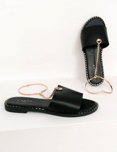 Γυναικείες μαύρες παντόφλες με αλυσιδάκι LS89M
