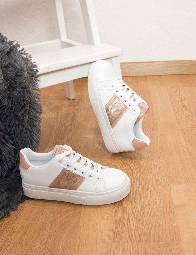 Γυναικεία λευκά Sneakers με ροζ λεπτομέριες G08